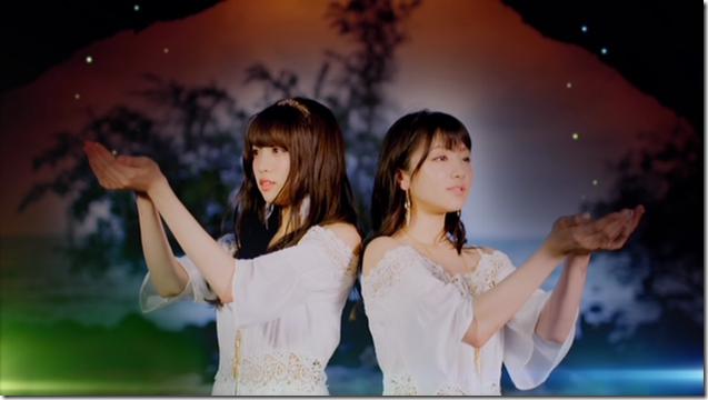 Shida Summer x Arai Summer in Annani sukidatta summer mv (29)