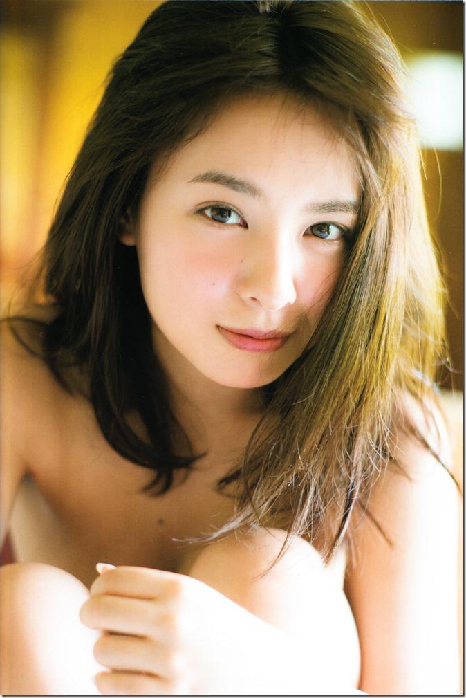 Yamada Nana shashinshuu nanairo (100)