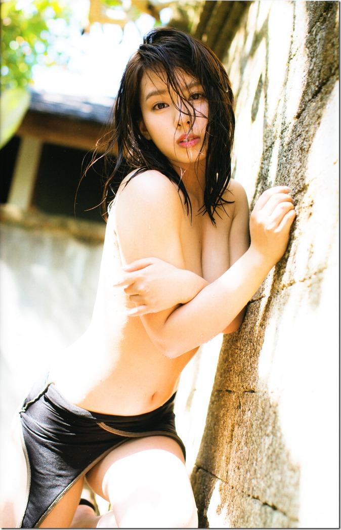 Yamada Nana shashinshuu nanairo (36)