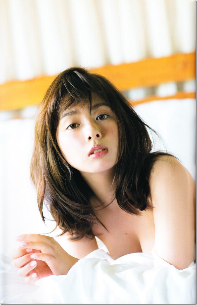 Yamada Nana shashinshuu nanairo (55)