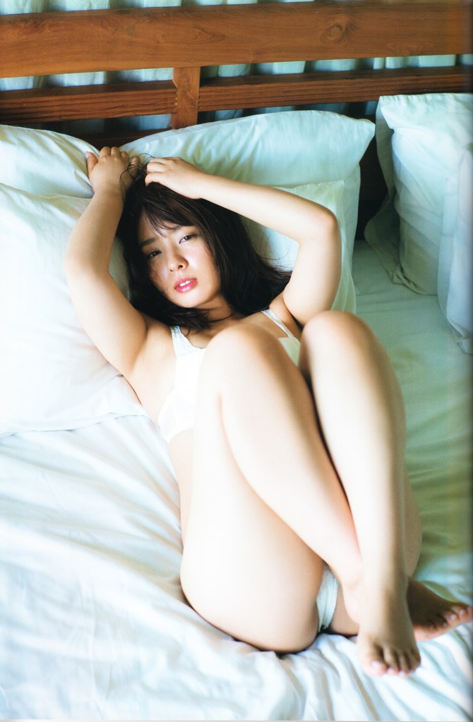 Yamada Nana shashinshuu nanairo (67)