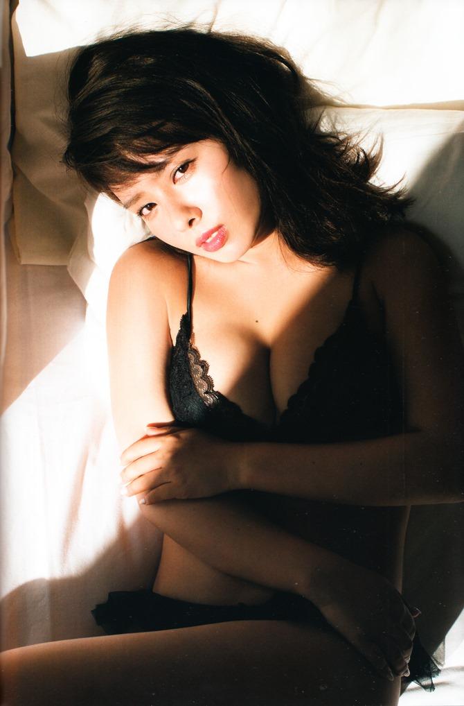 Yamada Nana shashinshuu nanairo (90)